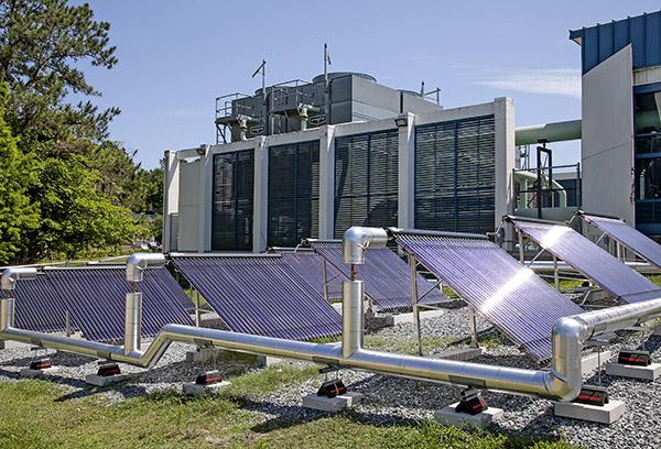 SF042315_SolarPanels09