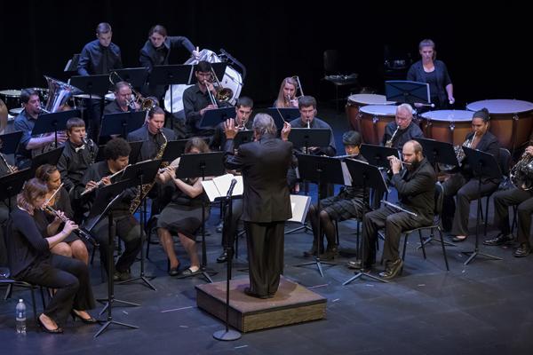 Santa Fe Wind Ensemble, photo by Suzanna Mars