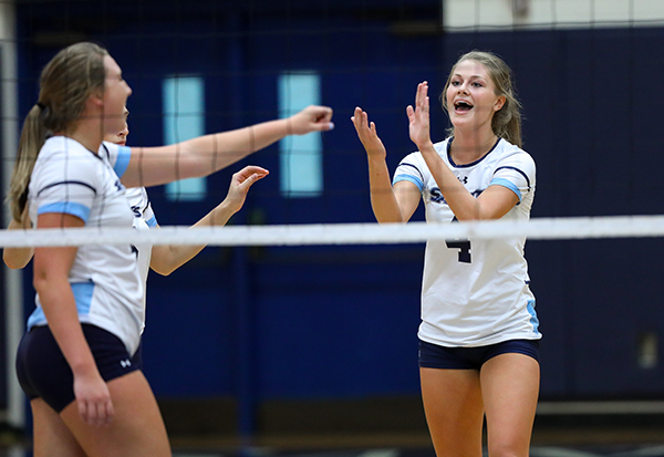 SF Saints Volleyball to host Play-in Game for state Tournament