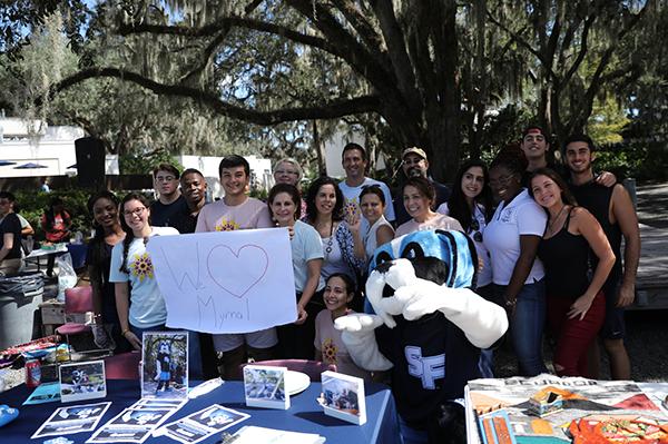 SF Students show love for Myrna Cabrera
